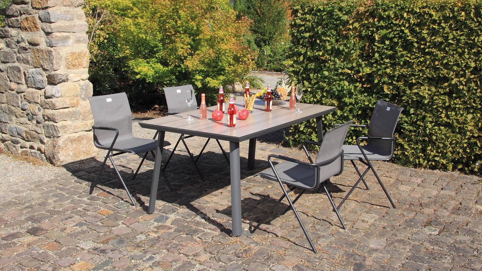 biarritz HPL-Tisch